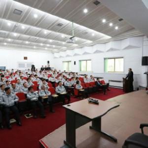 警察学校での講演 (4)