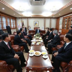 強い韓国講演会 (2)