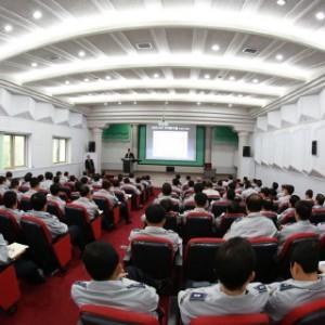 警察学校での講演 (5)