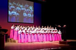 コーラスをしている在日韓国婦人会合唱団